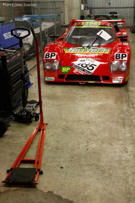 Dans un garage, Le Mans, 9 juillet 2016